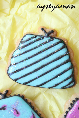 royal icing handbag cookies