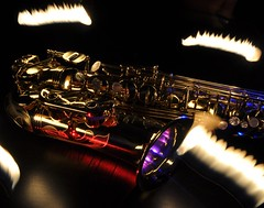 Saxophone 4 (Martin Barland) Tags: longexposure light lightpainting reflection painting lights nikon long exposure instrument lighttrails instruments sax lighttrail saxophones selmer d90 saxohone selmerserie3