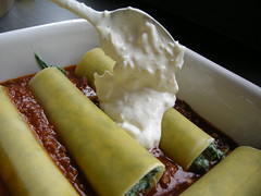 Cannelloni (broadcastmarc) Tags: italien food tomato nikon with oven meat creme coolpix garlic basil onion ricotta spinach fraise minced parano cannelloni p5000