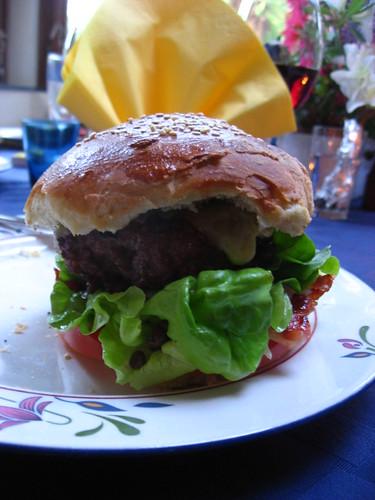 Le méga hamburger