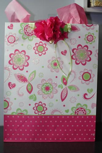 Gift wrap May20100002