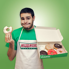 When I grow up. Krispy Kreme Worker. (J0R63) Tags: nyc boy portrait selfportrait newyork man guy me canon fun funny retrato yo krispykreme donuts worker chico autorretrato hombre ef2470mmf28lusm divertido trabajador 2470 whenigrowup canoneos5dmarkii