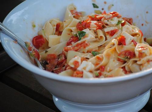 checca-sauce (3)