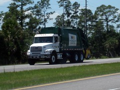 WM Freightliner FL112 / McNeilus REL - 307692 (FormerWMDriver) Tags: trash truck garbage rear wm collection management rubbish end waste refuse loader load inc rl sanitation rel freightliner mcneilus fl112 rearloader rearload