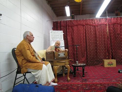 Sankarsana Prabhu visit ISKCON Scarborough -0021 por ISKCON desire  tree.