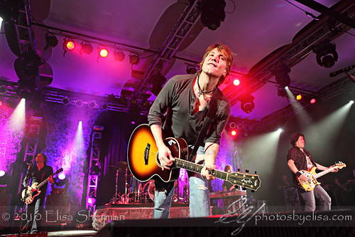 Preview - Goo Goo Dolls @ Sno Casino by Elisa Sherman | photosbyelisa.com