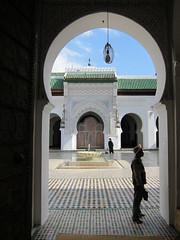 Al Karaouine Mosque (woutervv) Tags: geotagged islam kingdom mosque morocco fez maroc maghreb medina marokko fes s90 fs  royaume fselbali koninkrijk kingdomofmorocco kairaouine  qarawiyin qarawiyyin karaouine royaumedumaroc kairouyine qairawiyin qaraouyine quarawin qaraouiyn karaouiyne almarib quaraouiyine murakuc   amerruk almamlakahalmaribiyya alkaraouinemosque koninkrijkmarokko