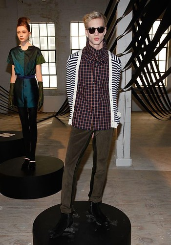 Paul Boche3145_FW10_NY_Timo Weiland_HQ(coutorture com)