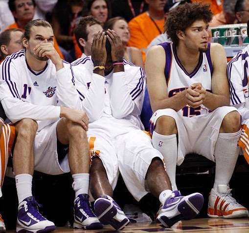 sad Suns bench