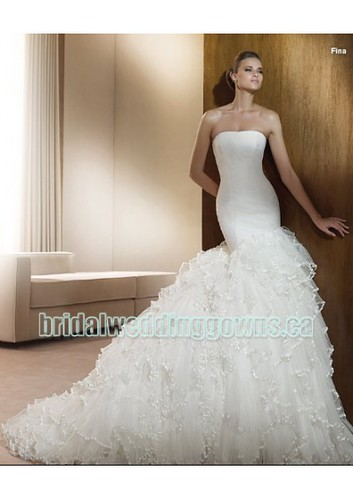 tulle-strapless-rouched-bodice-with-mermaid-lavish-ruffles-and-chapel-train-designs-2011-new-fashion-hot-sell-bridal-wedding-dress-wd75