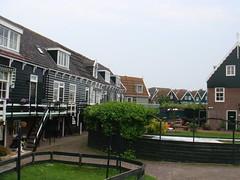 (alterna6969) Tags: netherlands village paysbas marken ijsselmeer waterland pninsule gouwzee hollandeseptentrionale