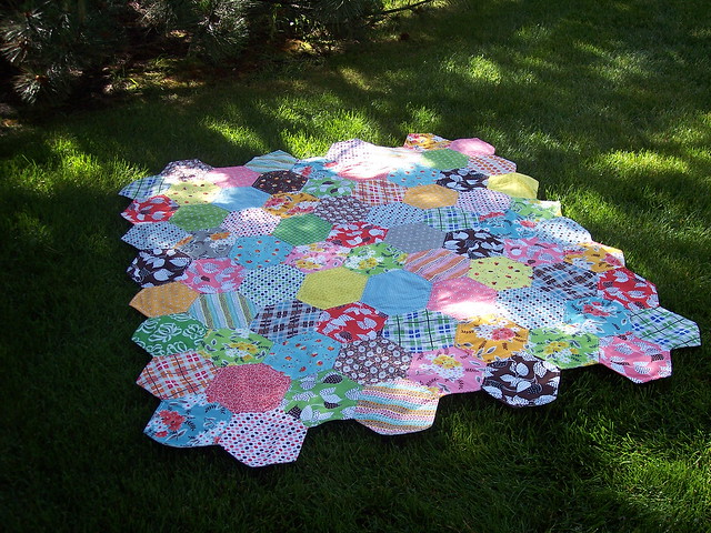pretty hexie quilt