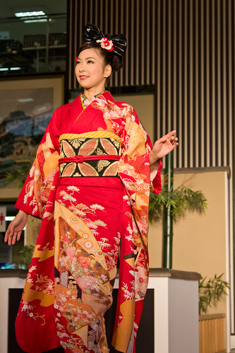 Series: Kimono Fashion Show (58 of 60)