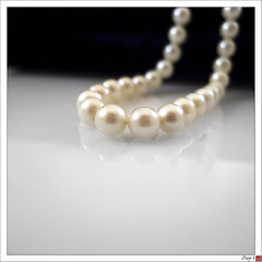 Dy 302 - Mom's Pearls