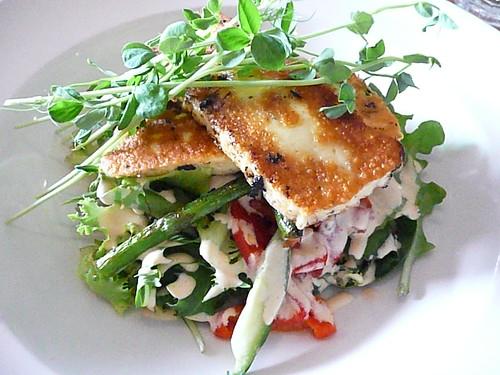 haloumi & asparagus salad