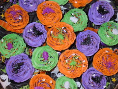 Halloween cupcakes by Michelle