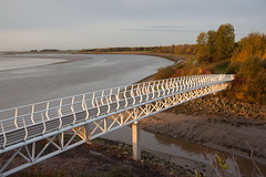 England - Cheshire - Widnes - Silver Jubilee Bridge - 28th October 2010 -51.jpg (Redstone Hill) Tags: england mersey widnes halton rivermersey silverjubileebridge runcornwidnesbridge