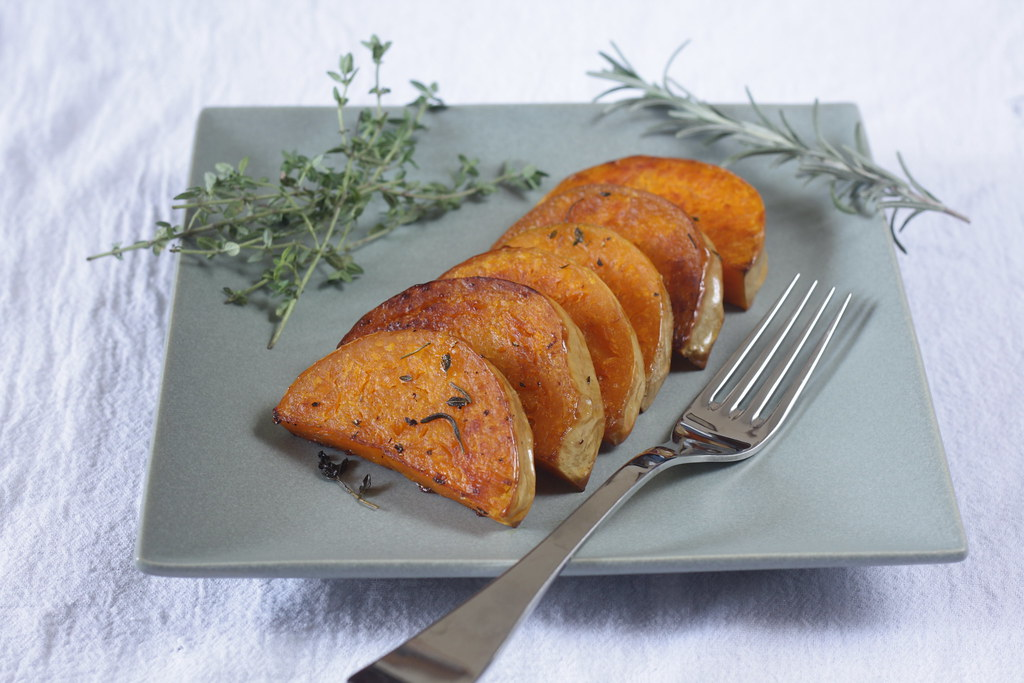 roasted butternut squash with herbs