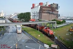 Gravita & Tanoos (Di Trani Roberto) Tags: db 261 0988 voith gravita introduce stabilimento una colonna di tanoos rangierbahnhof hamburg hohe schaa