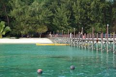 Manukan island jetty (AbeDinMerbau) Tags: 50mm nikon focus no 85mm f2 manual 18 manualfocus sabah f28 135mm metering d40 nometering putatan