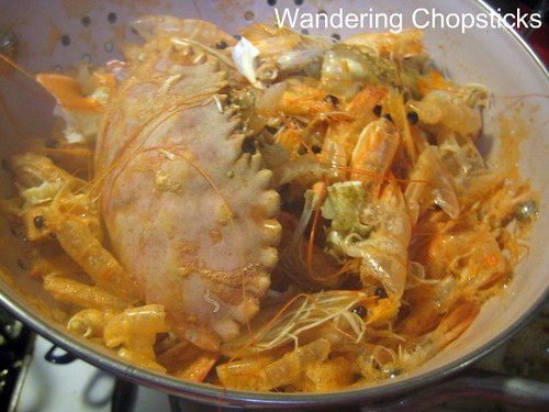 Bun Rieu Cua Tom Oc (Vietnamese Crab and Shrimp Rice Vermicelli Noodle Soup with Snails) 18