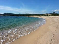 Sur la presqu'île de Campo Mezzano : la plage au bout de la piste