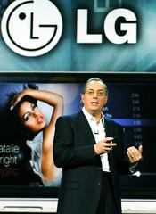 CES 2010 기조연설_LG 스마트폰(모델명:LG GW990) 최초 공개