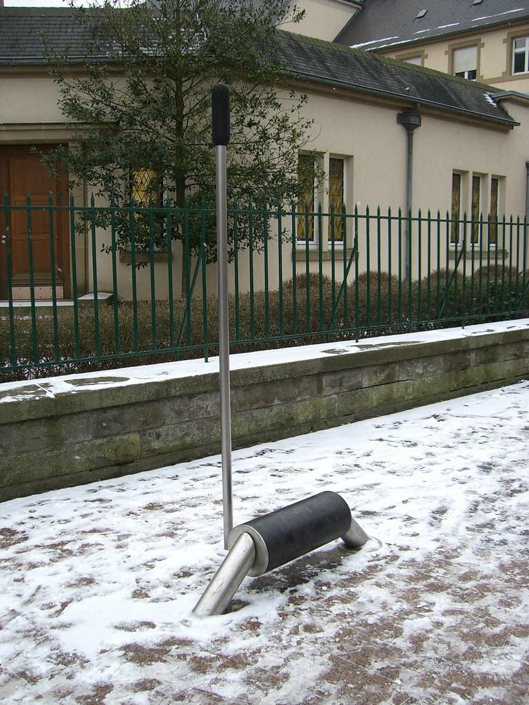 City playground equipment (3) - 2010-01-11