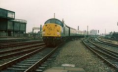 40025 at Manchester Victoria East Junction -  12th August, 1978 (Deadmans Handle) Tags: class40 40025