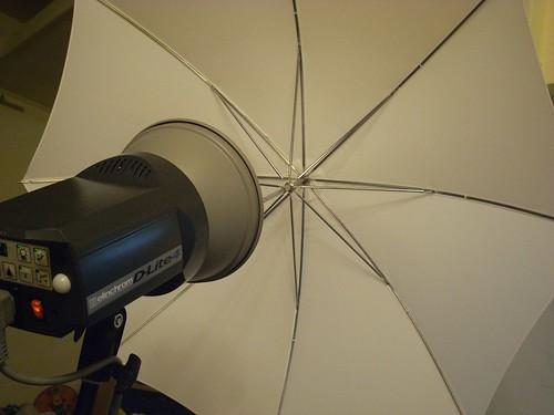 katharine娃娃 拍攝的 3打燈傘。