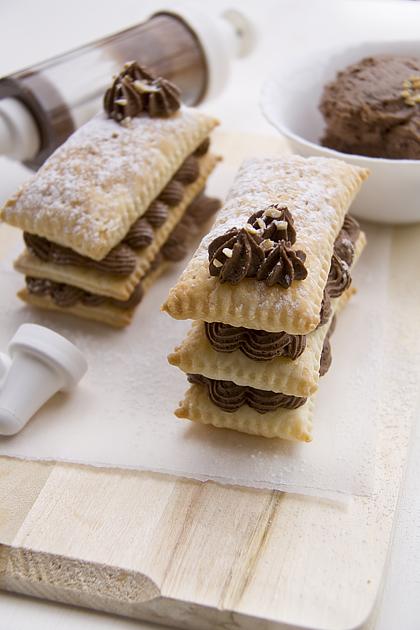 Feuillété au chocolat (part)