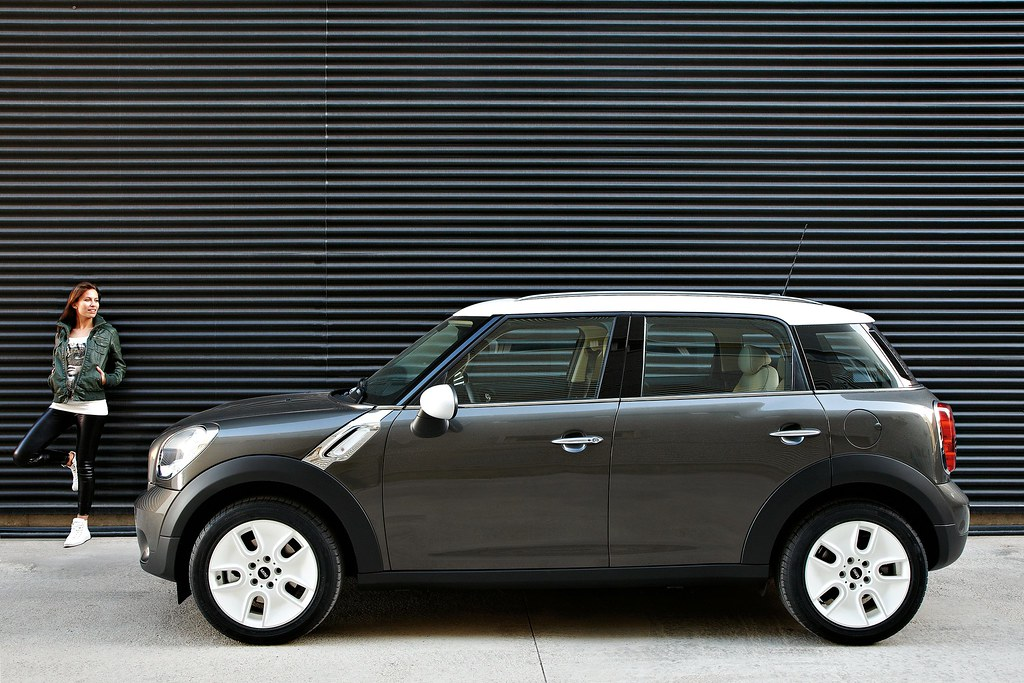 The R60 is scheduled to go on-sale in the fall of 2010 allowing for MINI to