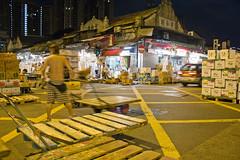 IMG_6119 (christopher dewolf | urbanphoto.net) Tags: hongkong kowloon urbanphoto yaumatei fruitmarket gwolaan