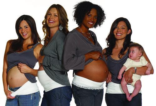 Moda premamá, accesorio para el embarazo Bella Band