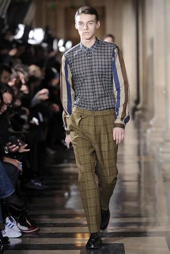 Robbie Wadge3194_FW10_Paris_Dries Van Noten(diorboy@mh)