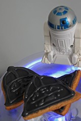 Solo para fanticos: the Dark Side invadi nuestra cocina! (All you need is Cupcakes!) Tags: argentina star cupcakes side dar cupcake darth need wars vader needcupcakes allyouneediscupcakes