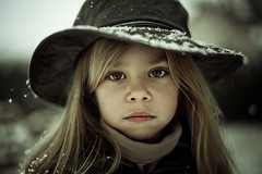 Calamity's daughter (winter) (cliccath) Tags: winter portrait child hiver fourseasons enfant lili calamity vivaldi likemotherlikedaughter les4saisons tellemretellefille canoneos5dmarkii sigma50mmf14exdghsm 100commentgroup cliccath portraitsoffinessegroup lafilledesamre cathschneider