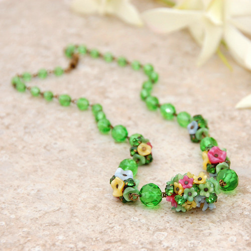 Vintage Green Czech Glass Flower Necklace