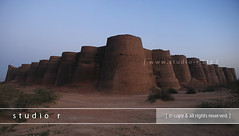 Derawar Fort (RzzA) Tags: pakistan panorama nikon desert fort punjab reza forty jajja abbasi 1733 1748 nawab 18135 cholistan bahawalpur shikarpur derawar d80 bhati rzza httpwwwstudiorbiz