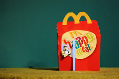 Home Alone (Stfan) Tags: house home toy actionfigure starwars alone stormtroopers fastfood stormtrooper lunchbox macdonalds happymeal hasbro kevinmacallister stormtroopers365