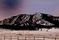 Flatirons at sunrise (wizards.stone) Tags: the4elements