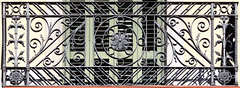 Barcelona - Rbla. Catalunya 036 c (Arnim Schulz) Tags: modernisme modernismo barcelona artnouveau stilefloreale jugendstil cataluña catalunya catalonia katalonien arquitectura architecture architektur spanien spain espagne españa espanya belleepoque fer castiron ferdefonte hierro ferro iron eisen gusseisen schmiedeeisen forjado forgé wrought forged art arte kunst baukunst ferronnerie eixample gaudí fence zaun valla grille lattice reja gitter smörgåsbord liberty textur texture muster textura decoración dekoration deko deco ornament ornamento