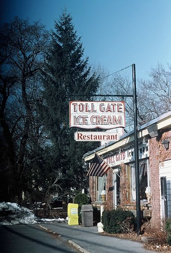 Toll Gate Ice Cream, Slingerla
