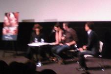 C・カーン監督と広田レオナさんのトーク(フランス映画祭) 。携帯写真が恨めしい〜。