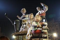 IMG_1084  La falla del Ajuntamiento (gavichi) Tags: españa valencia spain fiestas fallas canon1000d