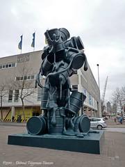 Cascade / Joep van Lieshout (dietmut) Tags: rotterdam westblaak nederland thenetherlands cascade sculptures coolsingel 2010 niederlande kunstwerk z