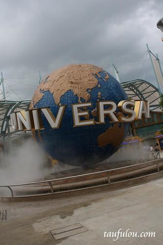 Universal (21)