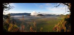luarbiasa mt. bromo from pos gardu pandang (studiobatuhitam) Tags: waterfall surabaya mtbromo d90 ijen photoadventure kawah luarbiasa