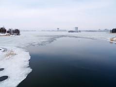 Keilalahti view (blaahhi) Tags: sea ice espoo helsinki view lauttasaari wintersea keilalahti keilaniemi kaskisaari panasoniclumixg1 1445kitlens