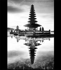 Pura Ulun Danu (a.ping) Tags: bali lake indonesia temple pura aping beratan d90 ulundanu candikuning